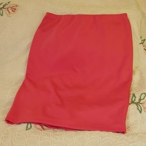 Pink pull on pencil skirt